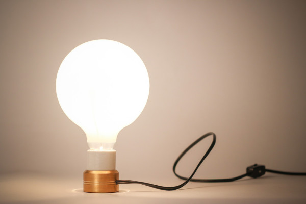 Sconcy-Stick-On-Lamp-Luke-Kelly-6a