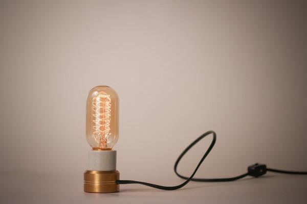 Sconcy-Stick-On-Lamp-Luke-Kelly-6c