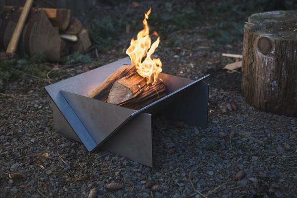Stahl-Fireplace