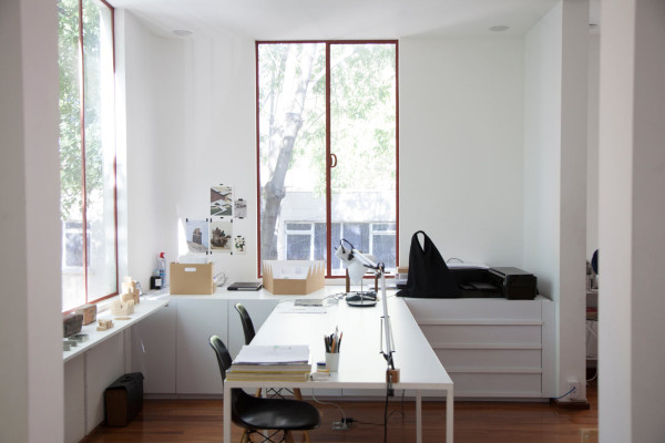 shes-mercedes-Frida-Escobedo-office2