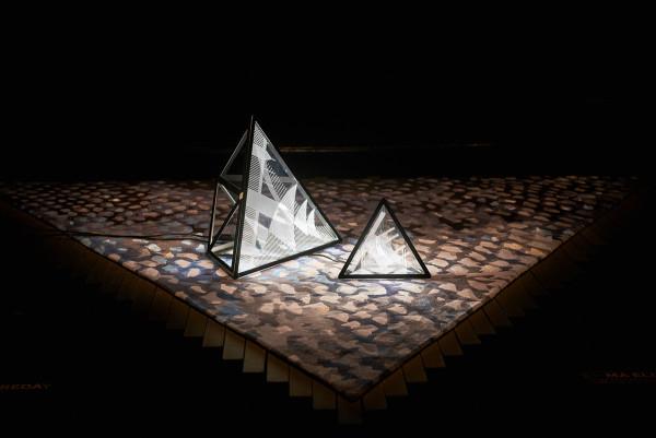 _07_All Aroun Lamp © Fiona Susanto
