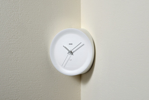 Alessi-Clocks-12-Giulio-Iacchetti-Ora