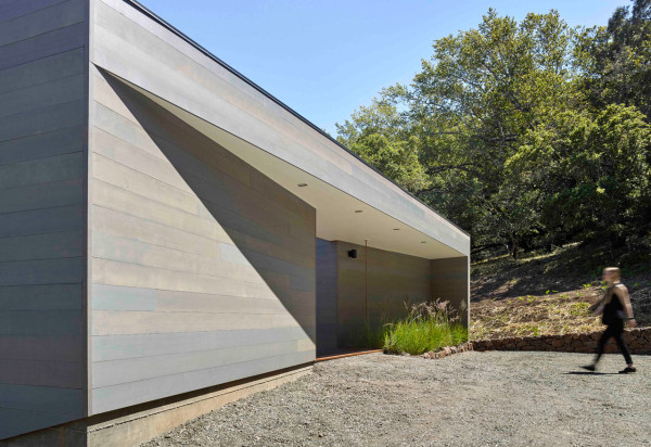 Box-on-the-Rock-Schwartz-and-Architecture-12