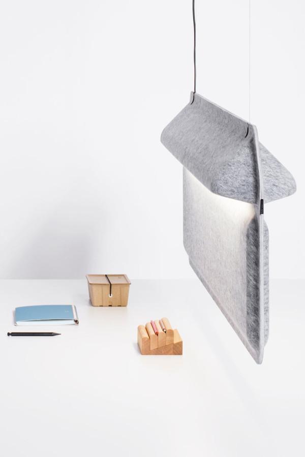 DeVorm-AK2-Workspace-Divider-Lamp-2