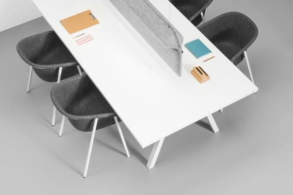 DeVorm-AK2-Workspace-Divider-Lamp-4