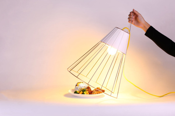 MISSING-DINING-TABLE-10-SOLARIS-CREATIVEANS