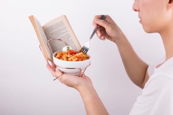 MISSING-DINING-TABLE-4-SINGULAR-ANDREW-LOH
