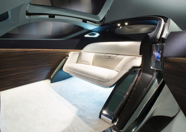 Rolls-Royce Vision Next 100-interior2
