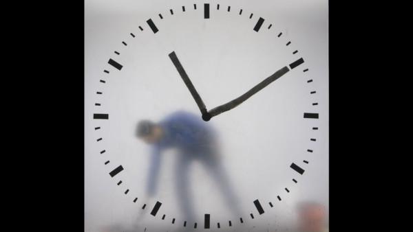 schiphol-clock_maarten-baas_2