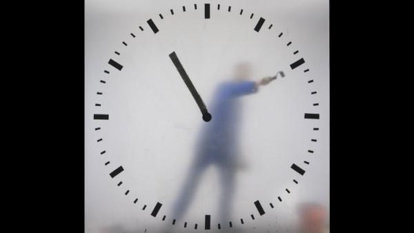 schiphol-clock_maarten-baas_3