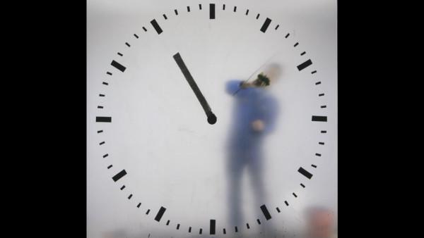 schiphol-clock_maarten-baas_4