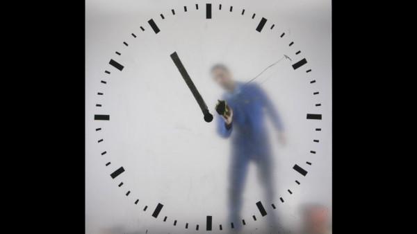 schiphol-clock_maarten-baas_5