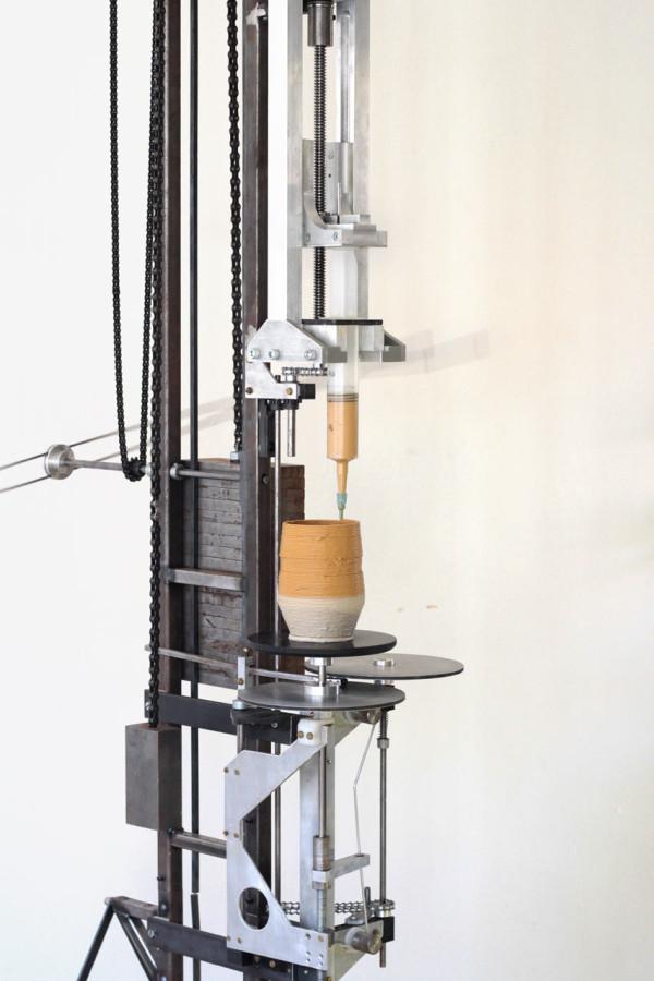 Daniel-de-Bruin-Worlds-First-Analog-3D-printer-2