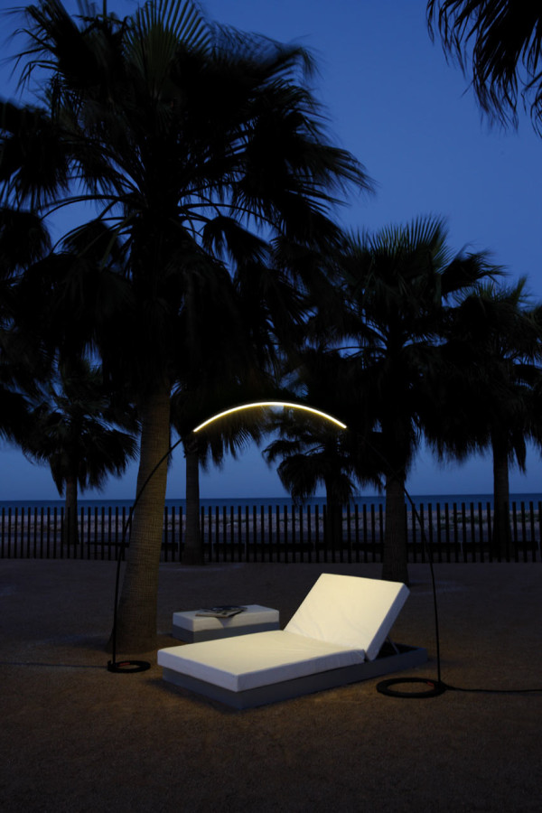 Halley-Outdoor-Light-Vibia-3