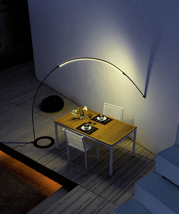 Halley-Outdoor-Light-Vibia-3a