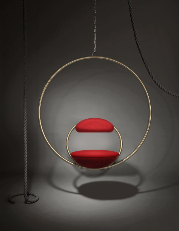 Hanging-Hoop-Chair--lifestyle