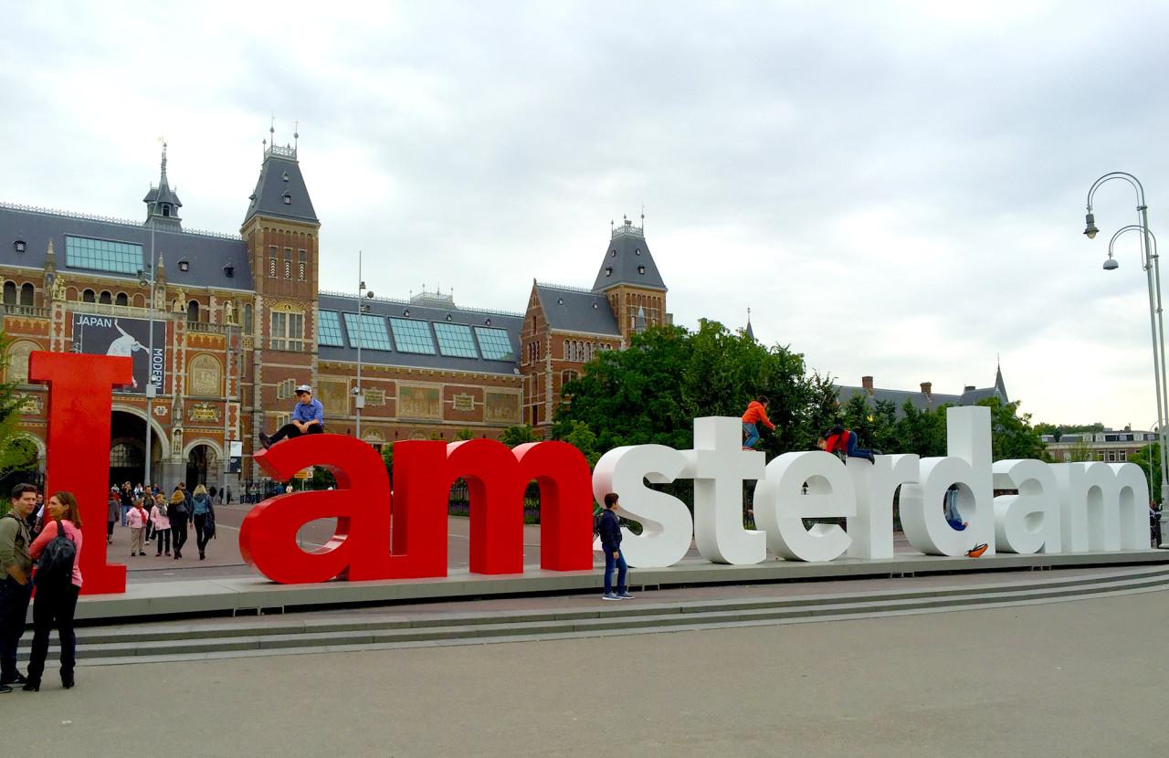 Design Milk Travels to… Amsterdam