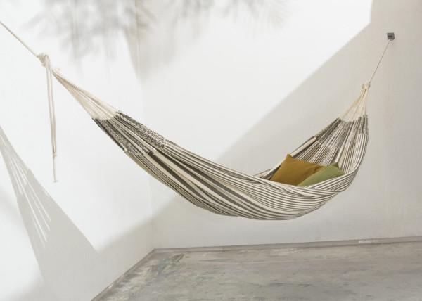MAKA-handwoven-hammocks-12-pablo_grey