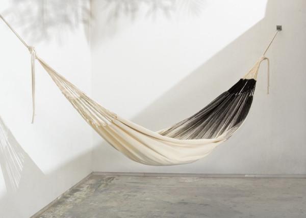 MAKA-handwoven-hammocks-8-frangi_black