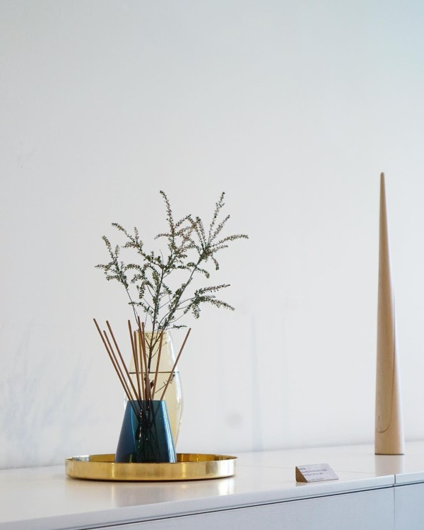Zen/Han vase duo by Nichetto Studio; Photo: Vy Tran