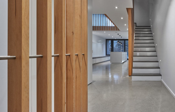 ROBITAILLE-CURTIS-Atrium-Townhome-5