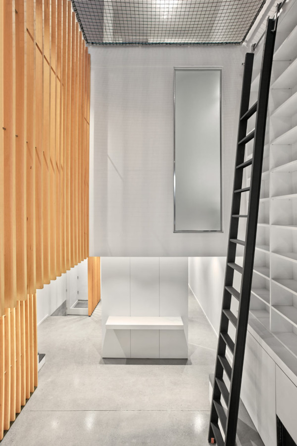 ROBITAILLE-CURTIS-Atrium-Townhome-7