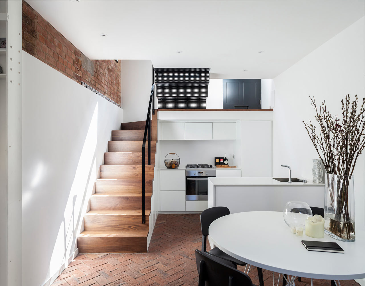 A Former Workshop Becomes a 3-Story Residence