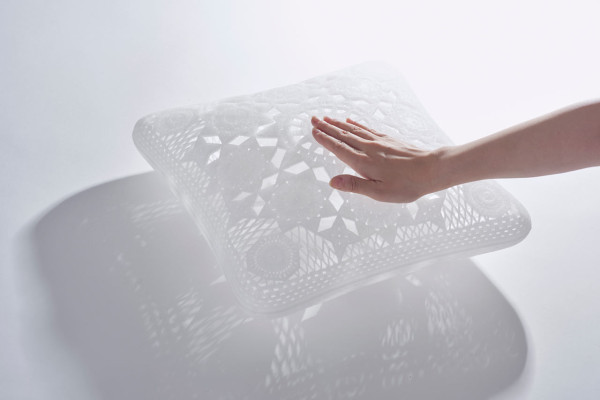 YOY-Lace-Hollow-Pillow-2