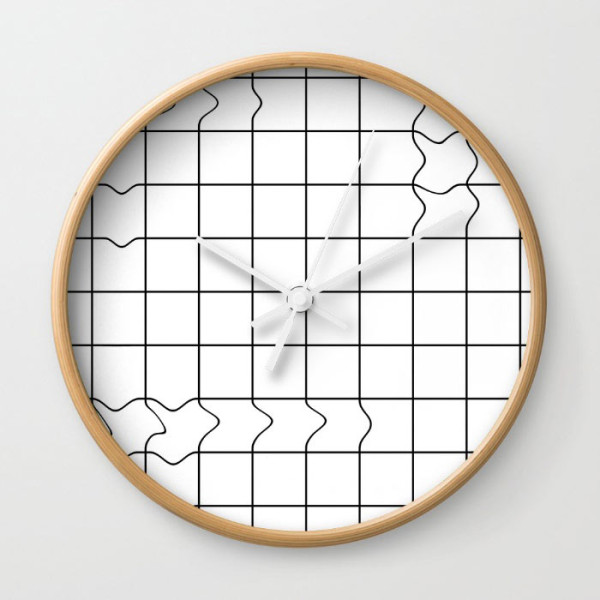 grunge-grid-wall-clock