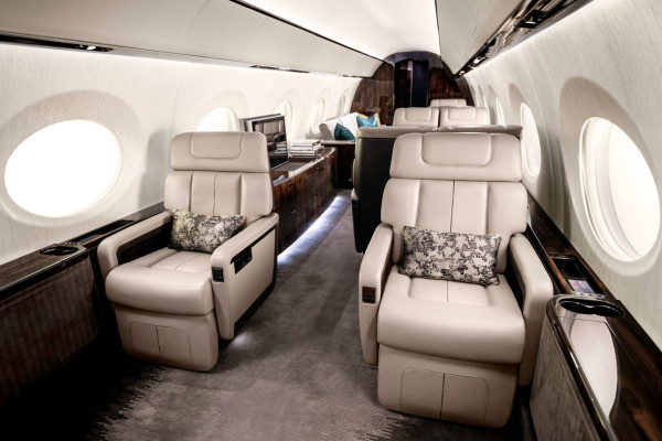 Gulfstream_G600_Mock-Up_2015_1