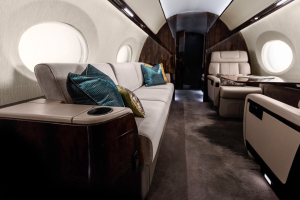 Gulfstream_G600_Mock-Up_2015_4