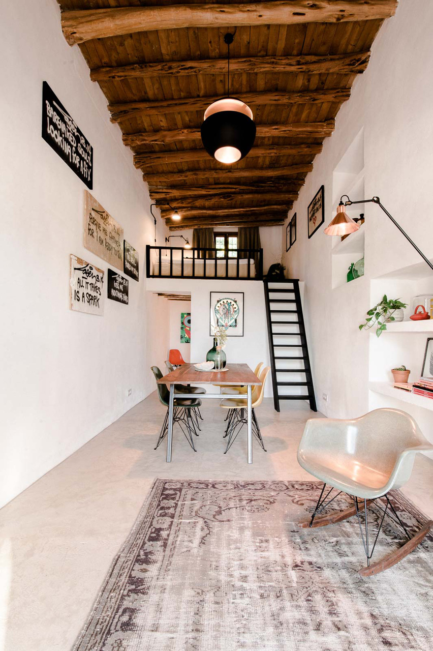 A 200 Year Old Stable Becomes A Modern Guesthouse ...