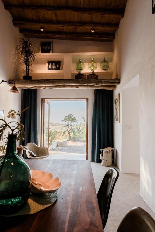 IBIZA-CAMPO-LOFT-Standard-Studio-Ibiza-Interiors-10