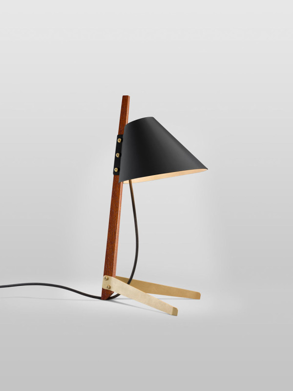 Ilse-Crawford-Billy-TL-table-lamp-1