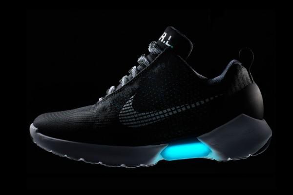 Nike-hyperadapt-EARL2