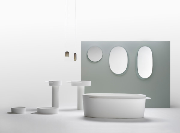 Plateau: A Bathroom Collection with Built-in Side Trays for Storage