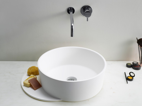 Plateau-Bathroom-Sebastian-Herkner-10