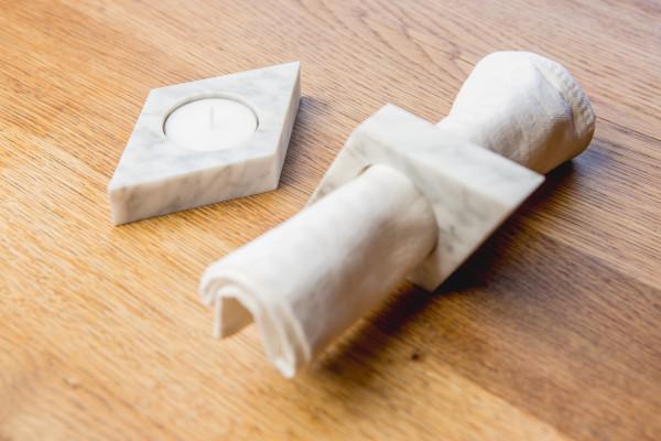 Platos-Marbles-Napkin-Ring-Tealight-Holder-2