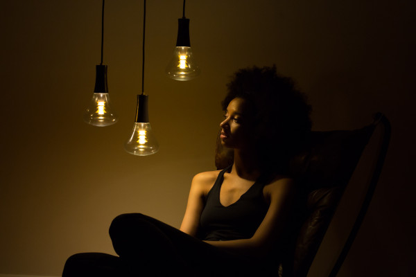 [Plumen] 003 light bulb - unretouched (1)