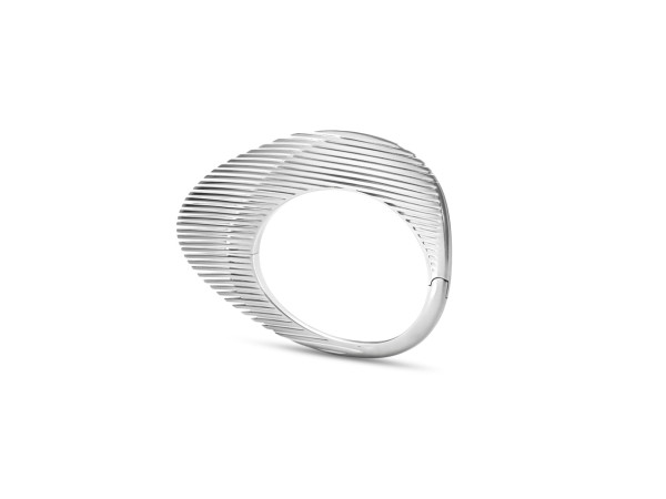 Zaha-Hadid-Georg-Jensen-3-LAMELLAE_BANGLE