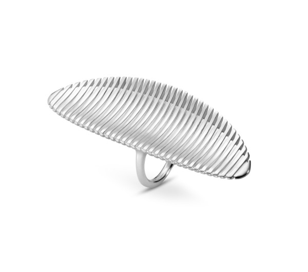 Zaha-Hadid-Georg-Jensen-6-LAMELLAE_LONG_RING
