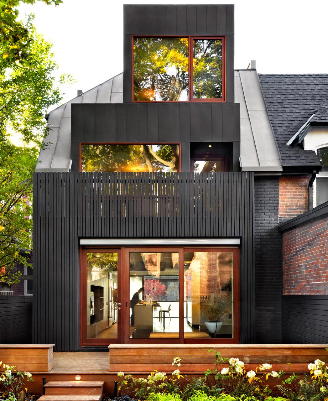 A traditional toronto house becomes modern