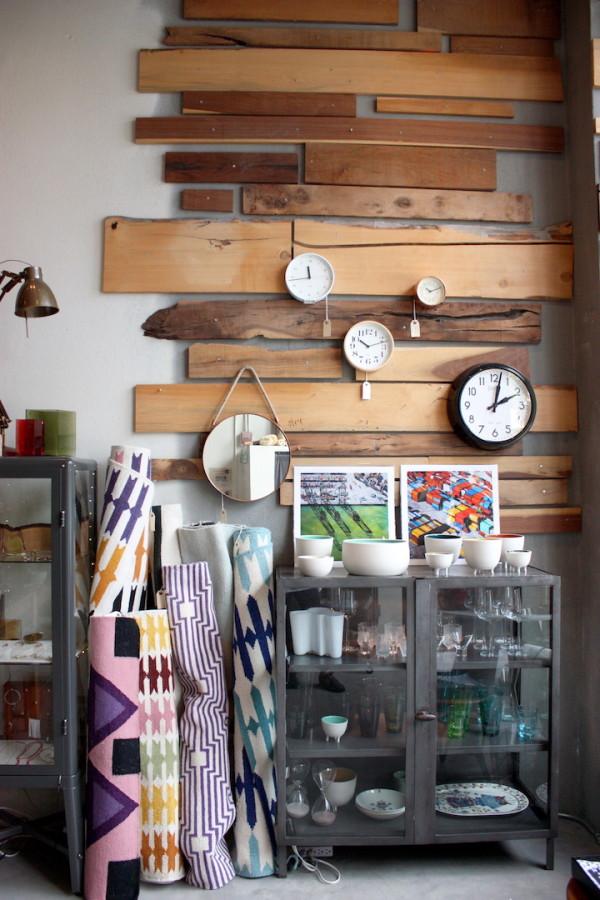 acacia-front-wall