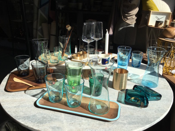 acacia-ittala-glassware-david-rasmussen-trays