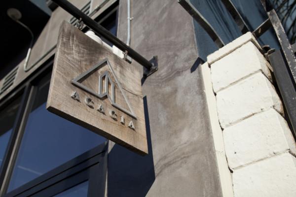 acacia-store-sign