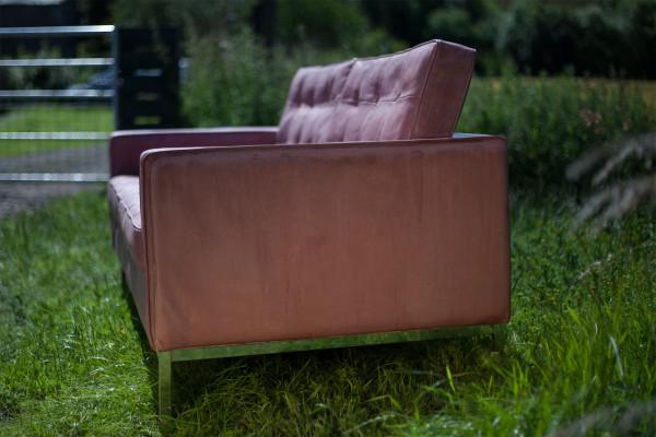 foureighteight-concrete-sofa-3