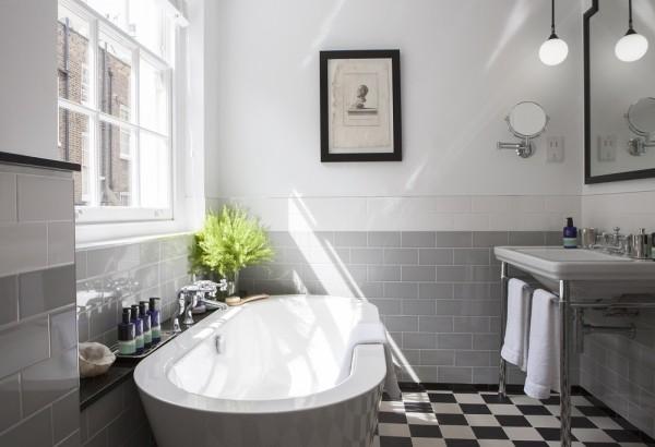 the-laslett-master-bedroom-suite-bathroom-main