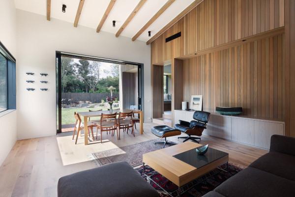 House-Under-Eaves-MRTN-Architects-9