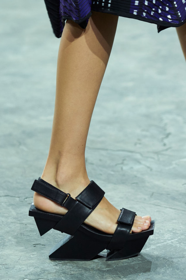 ISSEY-MIYAKE-UNITED-NUDE-shoes-3