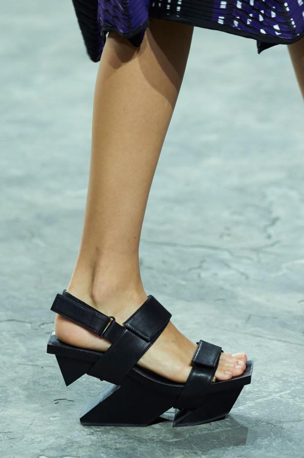ISSEY-MIYAKE-UNITED-NUDE-shoes-3